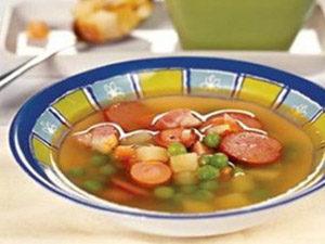 Гороховый суп с сосиской