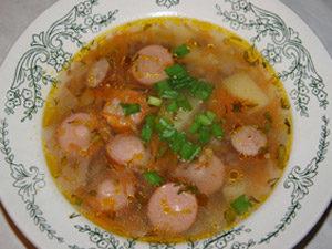 Картофельный суп с сосиской