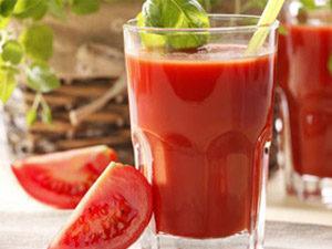 Острый томатный напиток