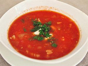 Томатный суп с сыром макаронами